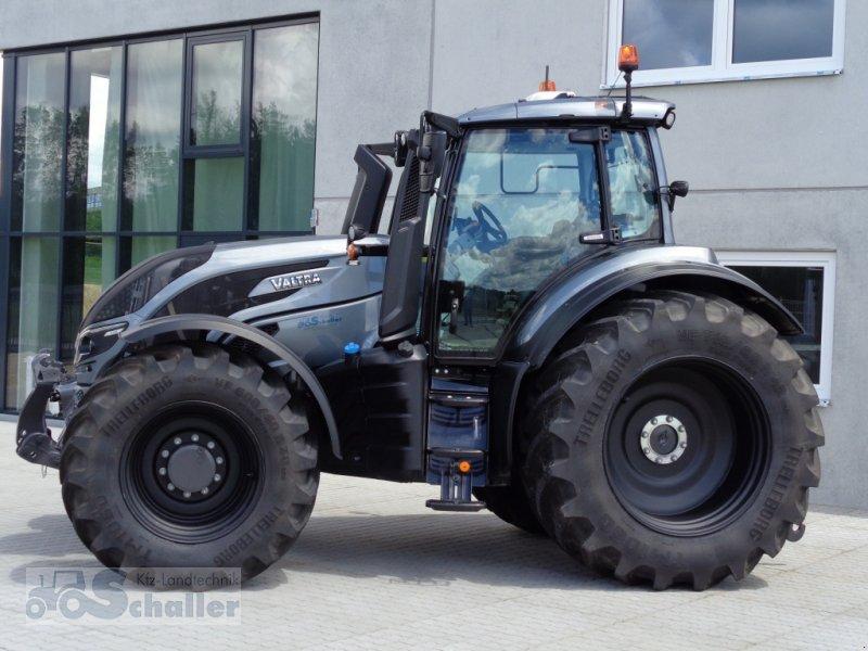 Traktor des Typs Valtra Vorführmaschine T 214 D RÜFA+RTK, Gebrauchtmaschine in Treuchtlingen (Bild 1)