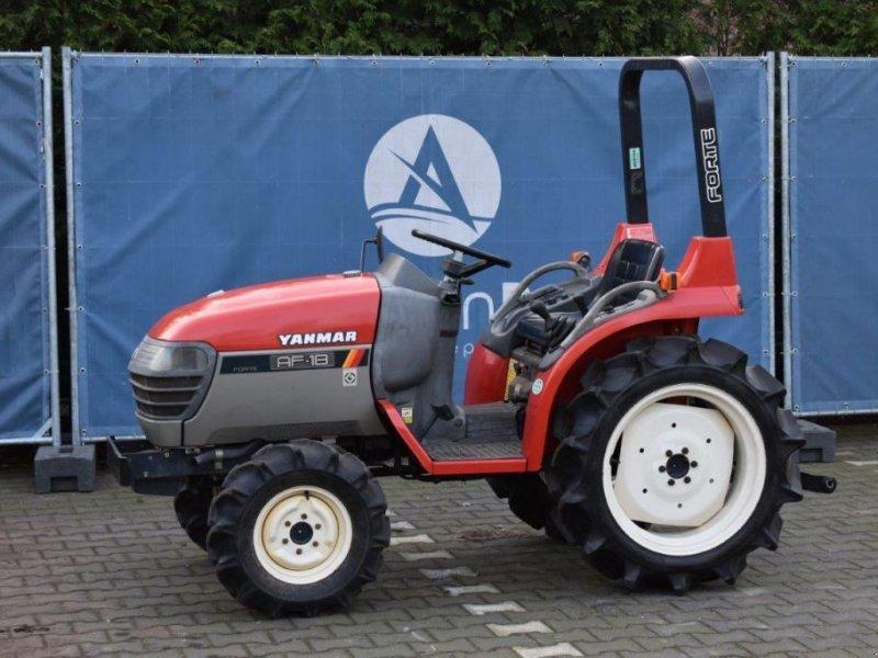 Traktor типа Yanmar AF18, Gebrauchtmaschine в Antwerpen (Фотография 1)