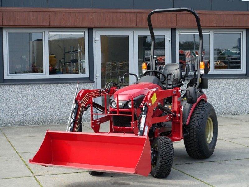 Traktor типа Yanmar SA424 4wd HST / 0001 Draaiuren / Voorlader / Actieprijs, Gebrauchtmaschine в Swifterband (Фотография 1)