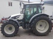 Transportfahrzeug typu Valtra A 134 Traktor, Gebrauchtmaschine v Chur