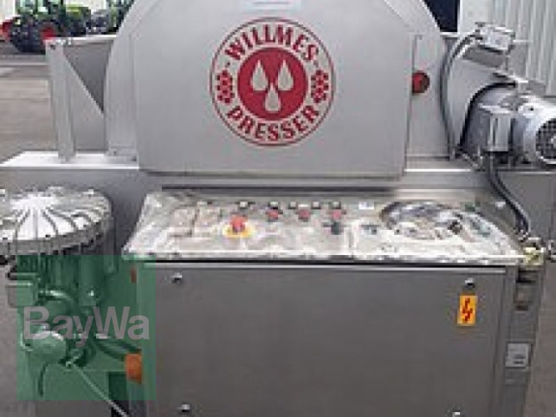 Traubenpresse des Typs Willmes UP 1800, Gebrauchtmaschine in Volkach (Bild 1)