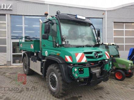 Daimler-Benz Mercedes-Benz Unimog U 530 Универсальный грузовик-вездеход Unimog