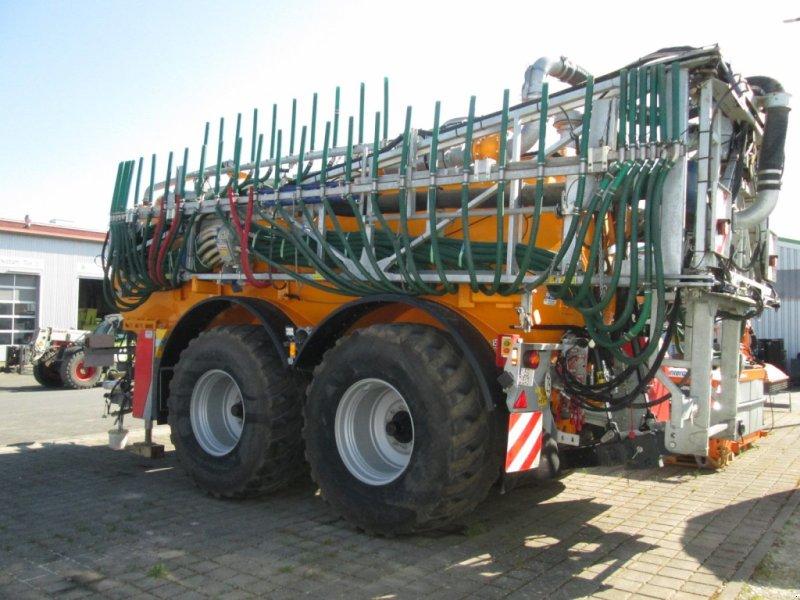 Vakuumfaß des Typs Veenhuis Integral 20 24m Schleppschlauch 20000 Vakuum, Gebrauchtmaschine in Wülfershausen (Bild 1)