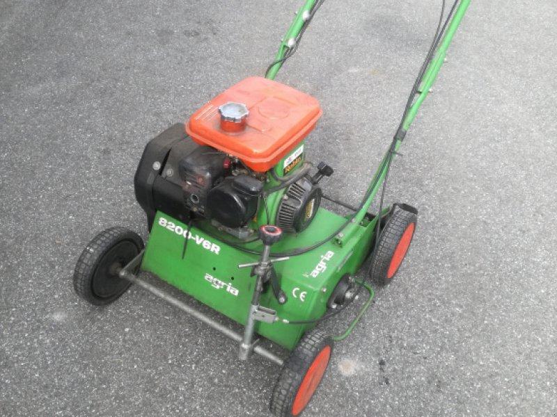 Vertikutierer des Typs Agria 8200 R Vertikutierer, Gebrauchtmaschine in Nittenau (Bild 1)