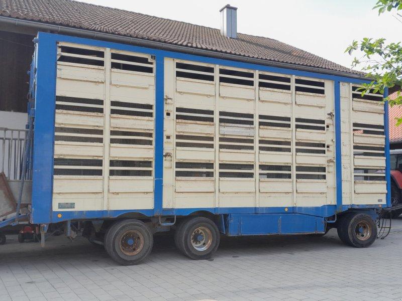 Viehanhänger типа Finkl Viehtransporter, Gebrauchtmaschine в Geisenhausen (Фотография 1)