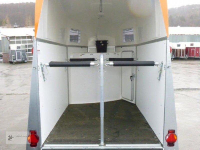 Viehanhänger des Typs Humbaur *BALIOS AERO* mit Sattelkammerpaket, NEU 2020, Neumaschine in Gevelsberg (Bild 7)