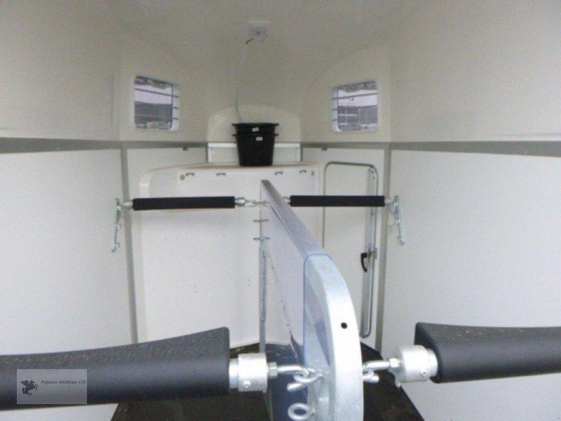 Viehanhänger des Typs Humbaur *BALIOS AERO* mit Sattelkammerpaket, NEU 2020, Neumaschine in Gevelsberg (Bild 10)