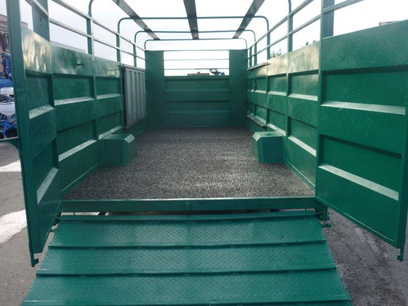 Viehanhänger du type Jeantil GB61, Gebrauchtmaschine en CORZE (Photo 3)