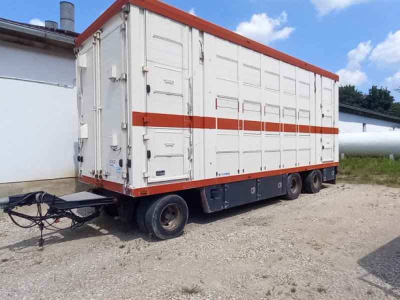 Viehanhänger типа Menke Viehtransporter, Gebrauchtmaschine в Aichach (Фотография 1)
