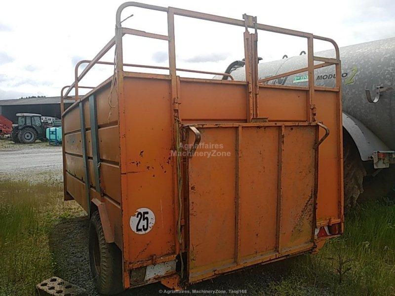 Viehanhänger du type Rolland V 45, Gebrauchtmaschine en Gueret (Photo 2)