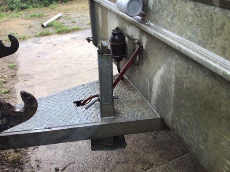 Viehanhänger du type Sonstige BETAILLERE, Gebrauchtmaschine en LANDIVISIAU (Photo 5)