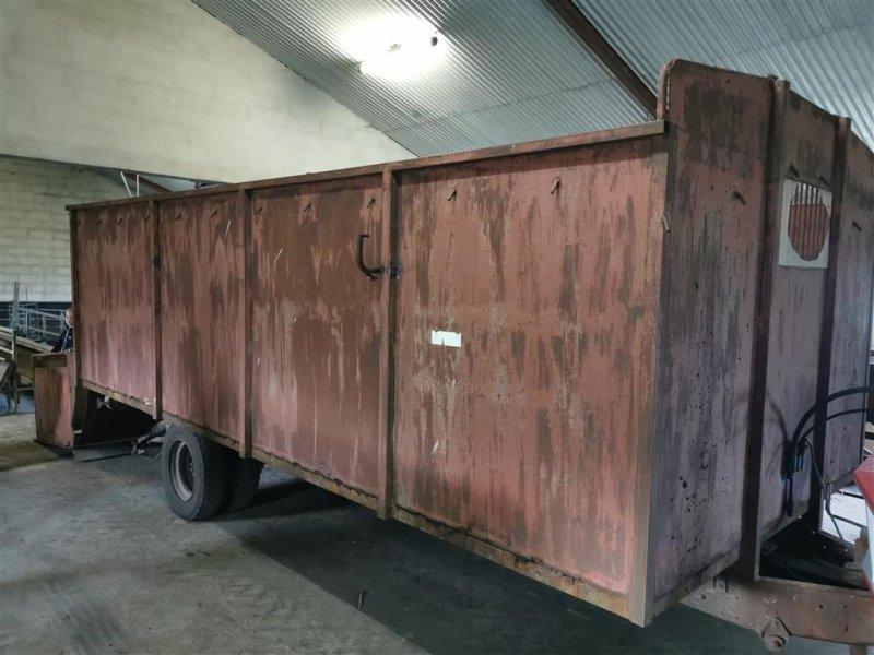 Viehanhänger типа Sonstige Dyretransportvogn med lift, Gebrauchtmaschine в Egtved (Фотография 1)