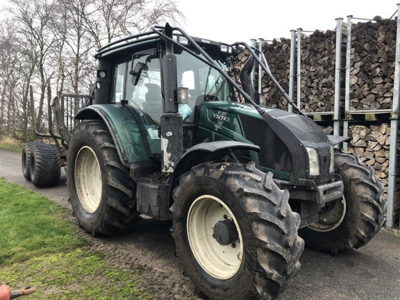 Vollernter tip Valtra N143 Direct Valtra N143 Direct + Moheda 135 4WD, Gebrauchtmaschine in Søllested (Poză 1)