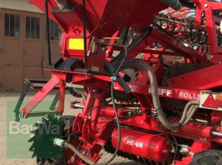Walze des Typs Güttler HE-VA DK820 Grassroller Prismenwalze mit Schlauchstreuer und Striegel, Gebrauchtmaschine in Dinkelsbühl (Bild 5)