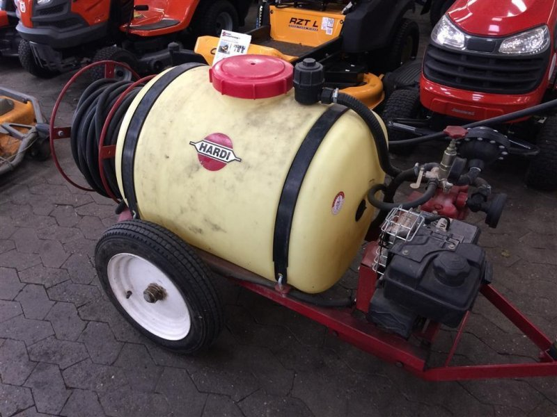 Weinbauspritze типа Hardi 200L med B&S benzin motor, Gebrauchtmaschine в Helsinge (Фотография 1)