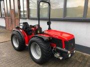 Carraro SRX 8400 Allrad Traktor Schlepper Wendesitz NOTBREMSE Трактор для виноградарства