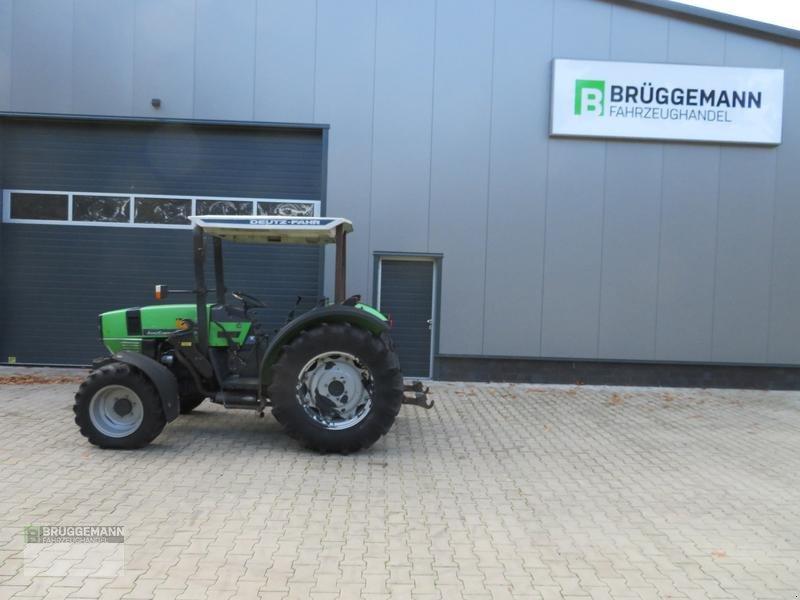 Weinbautraktor типа Deutz-Fahr AgroCompact 3.90S mit Stoll Konsolen, wenig Stunden, Gebrauchtmaschine в Meppen (Фотография 1)