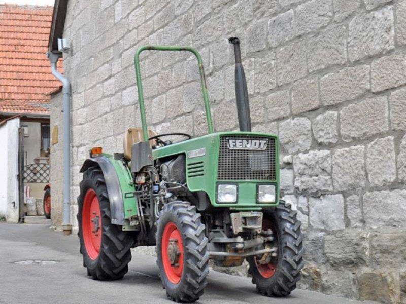 Фотография Fendt 200 VA Traktor Schmalspurtraktor Kleintraktor Allrad Servo