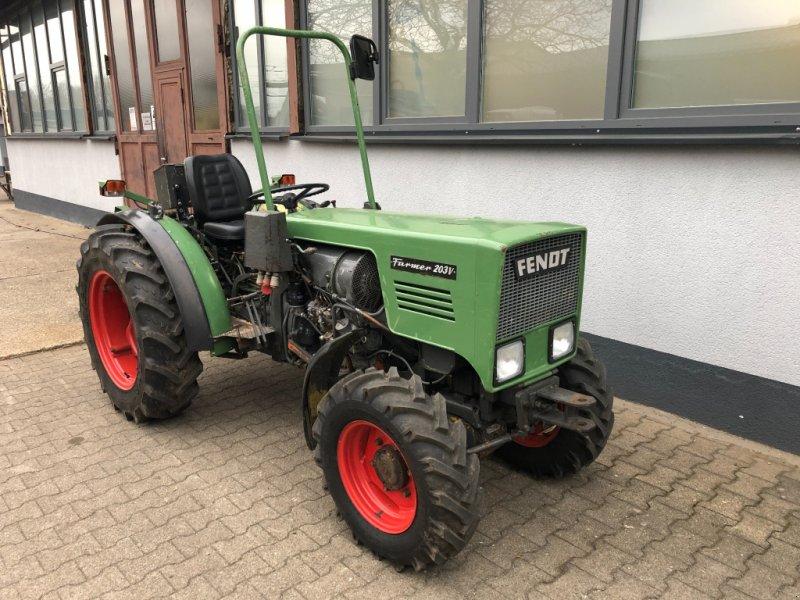 Weinbautraktor tip Fendt 203 V Allrad Traktor Schlepper Schmalspur Weinbau, Gebrauchtmaschine in Bühl (Poză 1)