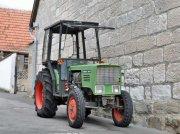 Fendt 203 V Traktor Schmalspurtraktor Kleintraktor Kabine 50 PS tractor pt. viticultură
