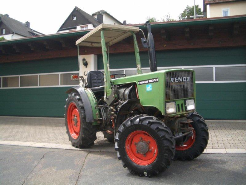 Фотография Fendt 203 VA II wie 200 155/2 Schmalspurtraktor Weinbau Allrad Servo 5 Gang Schaltung TÜV