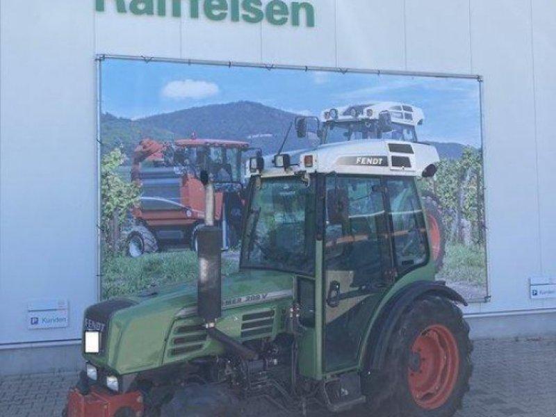 Weinbautraktor des Typs Fendt 209V, Gebrauchtmaschine in Gundersheim (Bild 1)
