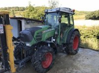 Fendt 210F Traktor pro vinohrad