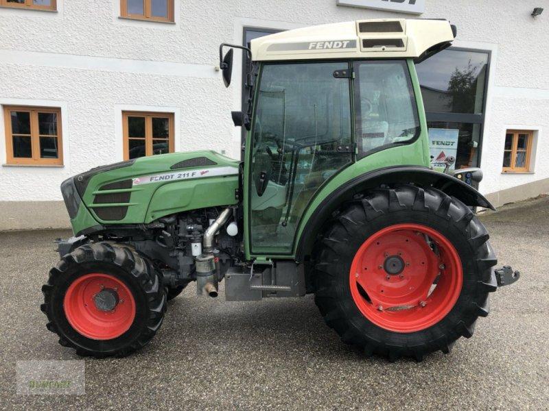 Weinbautraktor des Typs Fendt 211 Vario F, Gebrauchtmaschine in Bad Leonfelden (Bild 1)