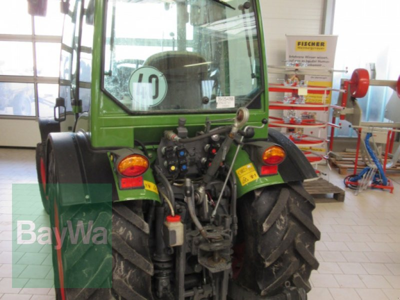 Weinbautraktor des Typs Fendt 211 Vario, Gebrauchtmaschine in Volkach (Bild 4)