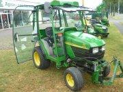 John Deere 4010 tractor pt. viticultură