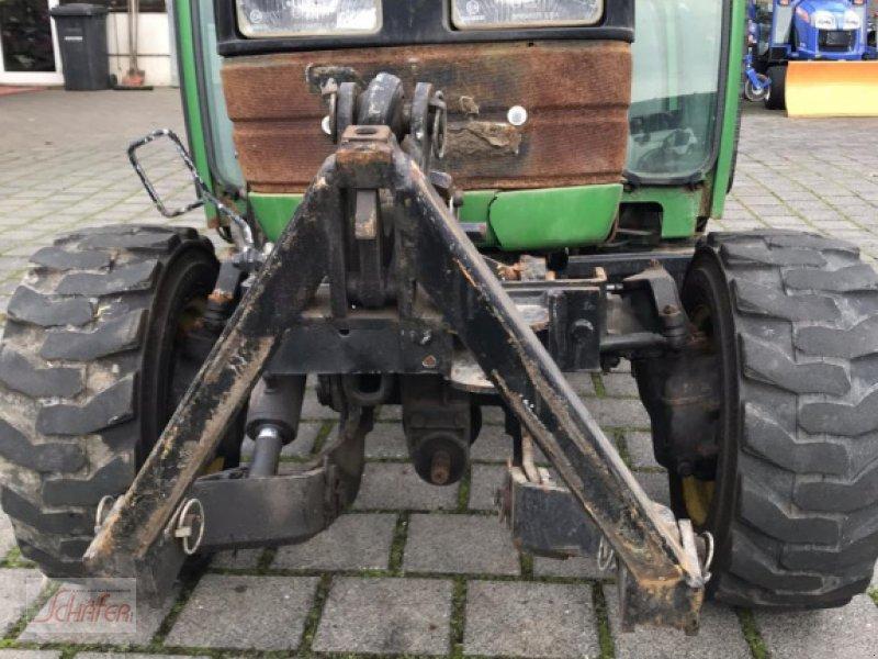 Weinbautraktor a típus John Deere 4100, Gebrauchtmaschine ekkor: Runkel-Ennerich (Kép 3)