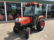 Weinbautraktor типа Kubota STV 36 compact tractor cabine, Gebrauchtmaschine в Zevenaar