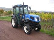 Weinbautraktor des Typs New Holland T4020V, Gebrauchtmaschine in Niederkirchen