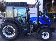 New Holland T4.100V tractor pt. viticultură