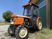 Renault 480S Allrad Schmalspur Spargel Traktor - vinohradnícky