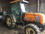 Renault Fructus 140 szőlőművelő traktor