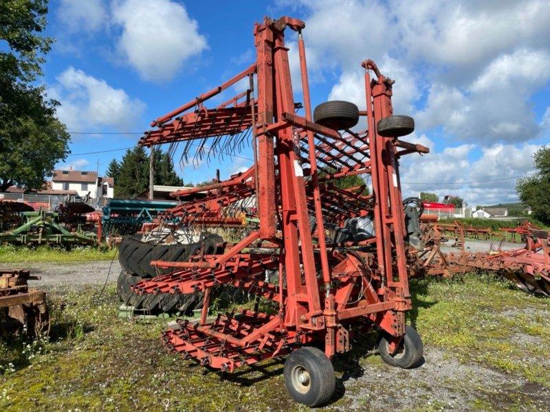 Wiesenegge типа Frick Herse étrille 12m Frick, Gebrauchtmaschine в LA SOUTERRAINE (Фотография 1)