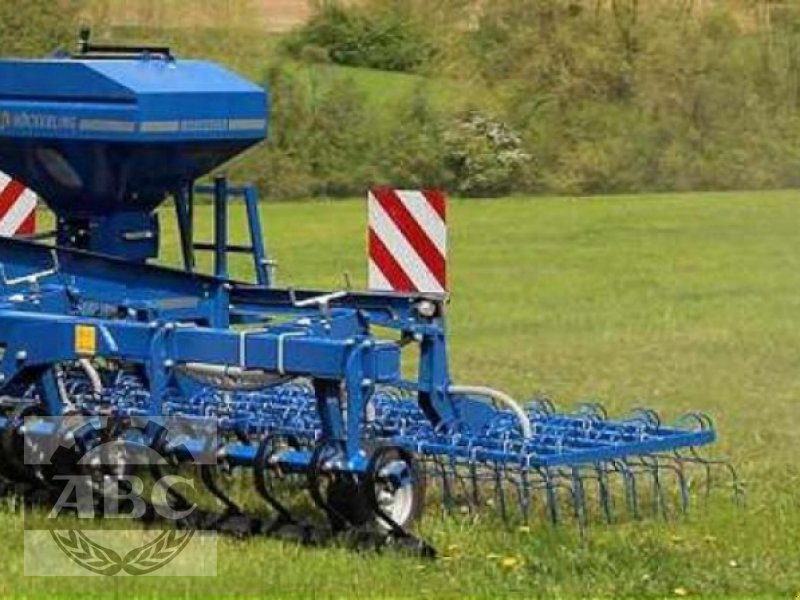 Wiesenegge des Typs Köckerling GRASMASTER 600, Neumaschine in Firrel (Bild 1)