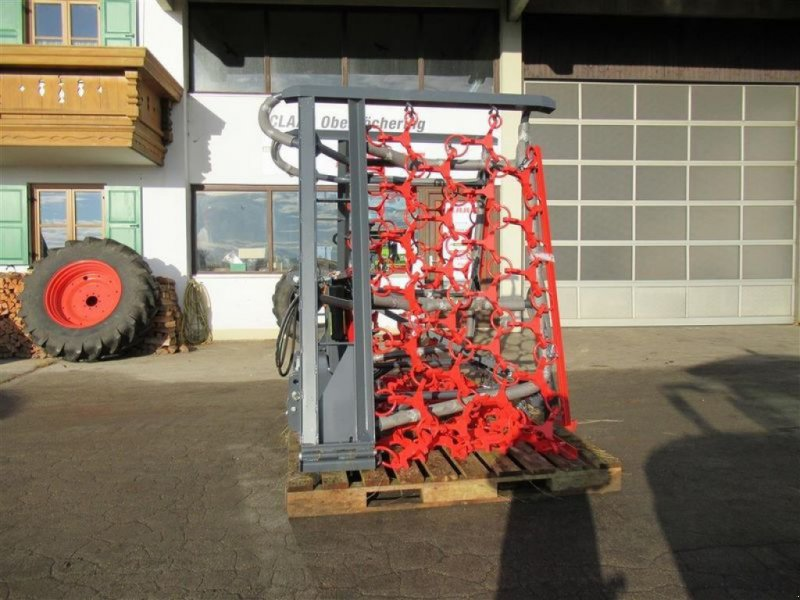 Wiesenegge des Typs Saphir Grünlandegge Perfekt 6m, Neumaschine in Obersöchering (Bild 1)