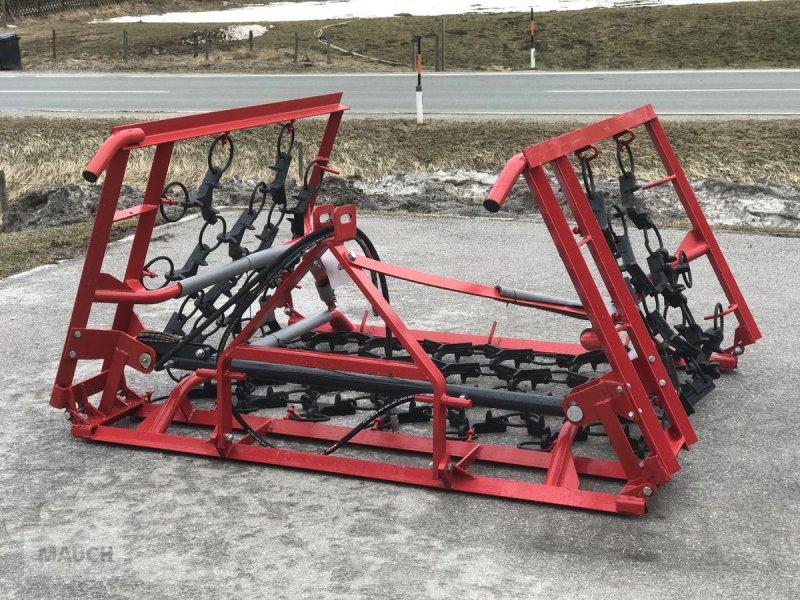 Wiesenegge a típus Sonstige Wiesenegge 4 m, 4-Reihig hydraulisch, Gebrauchtmaschine ekkor: Eben (Kép 1)