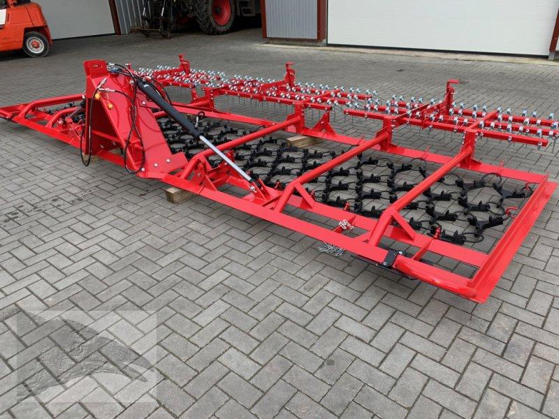 Wiesenegge типа VORATECK Wiesenegge 6m mit Striegel, Neumaschine в Hermannsburg (Фотография 1)