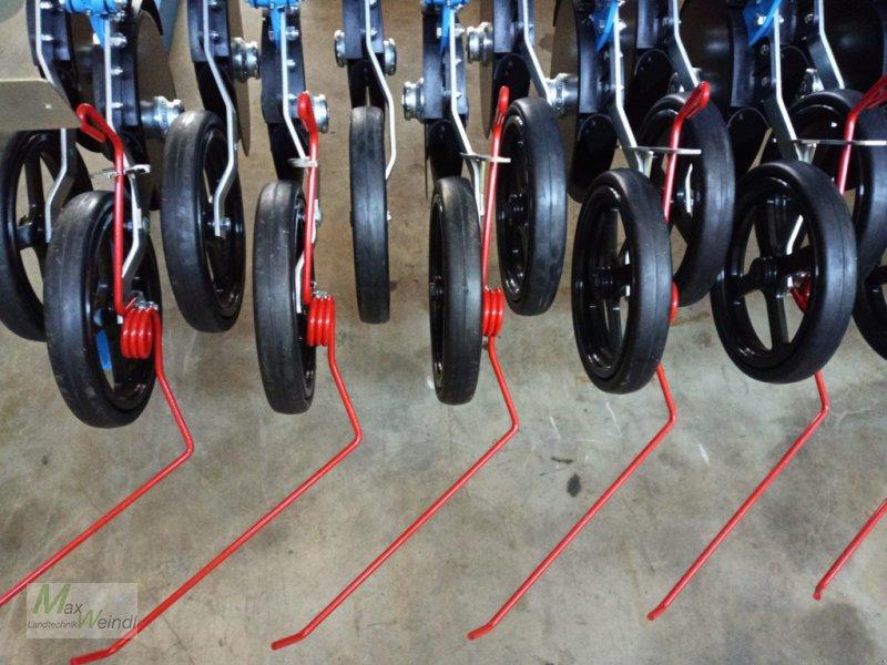 Zubehör Bestell-/Pflegemaschinen des Typs Lemken Einzelstriegel zur Doppelscheibenschar, Neumaschine in Markt Schwaben (Bild 1)