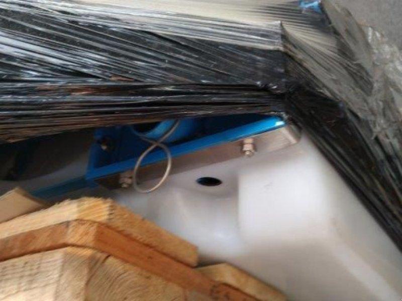 Zubehör Bestell-/Pflegemaschinen tipa Monosem ferti, Gebrauchtmaschine u le pallet (Slika 1)