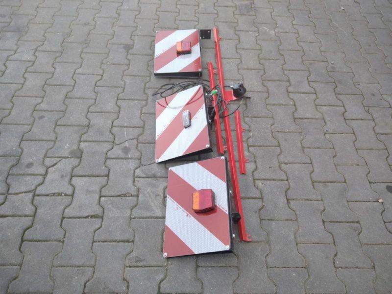 Zubehör Bestell-/Pflegemaschinen des Typs Tehnos WARNTAFELN + BELEUCHTUNG, Neumaschine in Arnstorf (Bild 1)