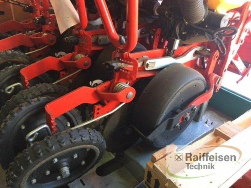 Zubehör Bestell-/Pflegemaschinen des Typs Väderstad Tempo 4 Aggregate incl. Düngerschar, Vorführmaschine in Gnutz (Bild 3)