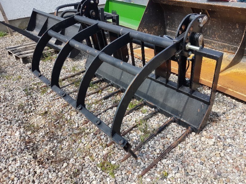 Zubehör typu Manitou Dunggabel + Greifer FFGR 30 MT / 2100 mm, Ausstellungsmaschine v Neubrandenburg (Obrázok 2)