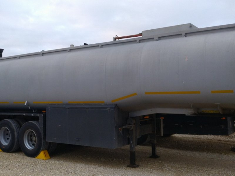 Zubringerfaß типа OMT Tankauflieger Güllezubringer Biogas Transportfass Lagertank, Gebrauchtmaschine в Großschönbrunn (Фотография 1)