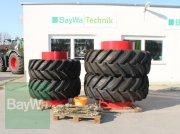 Pirelli 600/65 R34 + 710/70 R42 Zwillingsrad