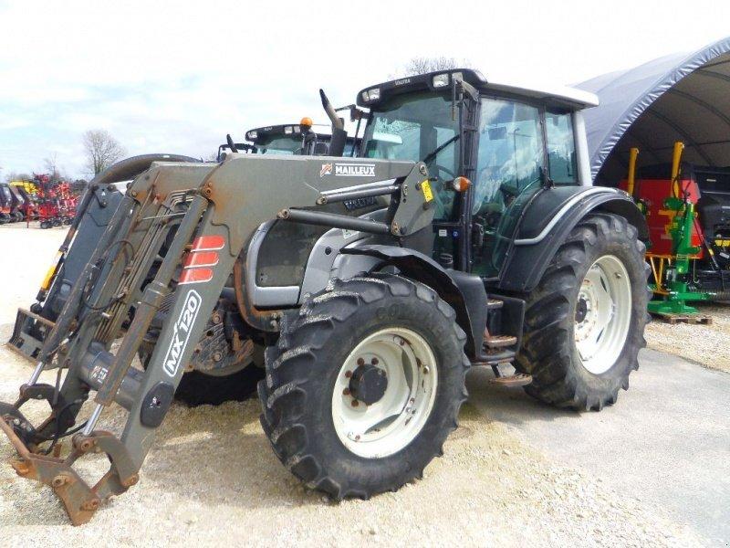 valtra n101 tracteur  50700 valognes