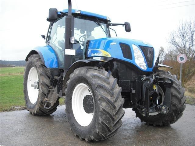 traktor new holland t7030 ac. Black Bedroom Furniture Sets. Home Design Ideas